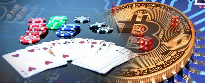 Bitcoin poker reviews: which things should be mentioned there?